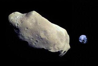 Une mystérieuse explosion dans le ciel breton ce matin à 5 h 15 - Page 2 AsteroideEarth_small