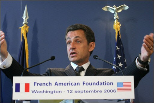 Guantanamo, Irak, Afghanistan... démocrature occidentale Sarkozy_USA_tribune2