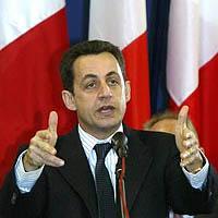 SarkozyDrapeaux